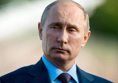 Putin va in Crimea per parlare del turismo