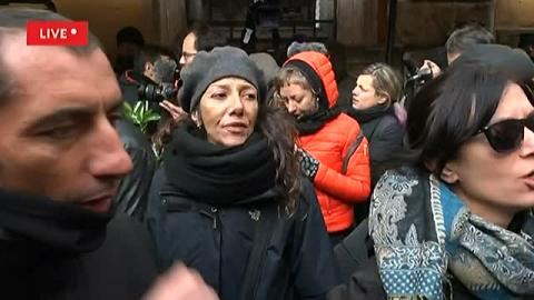 Roma, sit in di Salvini in piazza Santi Apostoli, protestano i movimenti per la casa