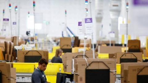 Amazon Usa divide la sua seconda sede tra Long Island e Crystal City